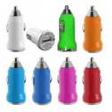 MINI Chargeur noir 12 volts allume cigare pour téléphones, tablettes ou lecteurs MP3